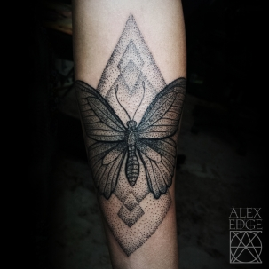 alex edge tattoos, alex edge, Mandala tattoo, dotwork tattoo, dotwork , Alex Edge, alexedgetattoos, side boob, side boob tattoo, san diego dot work tattoo, san diego mandala tattoo, san diego tattoo